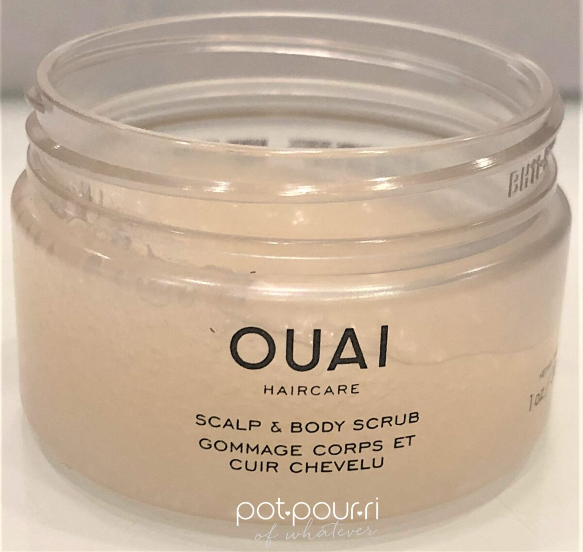 QUAI SCALP AND BODY EXFOLIATING SUGAR SCRUB