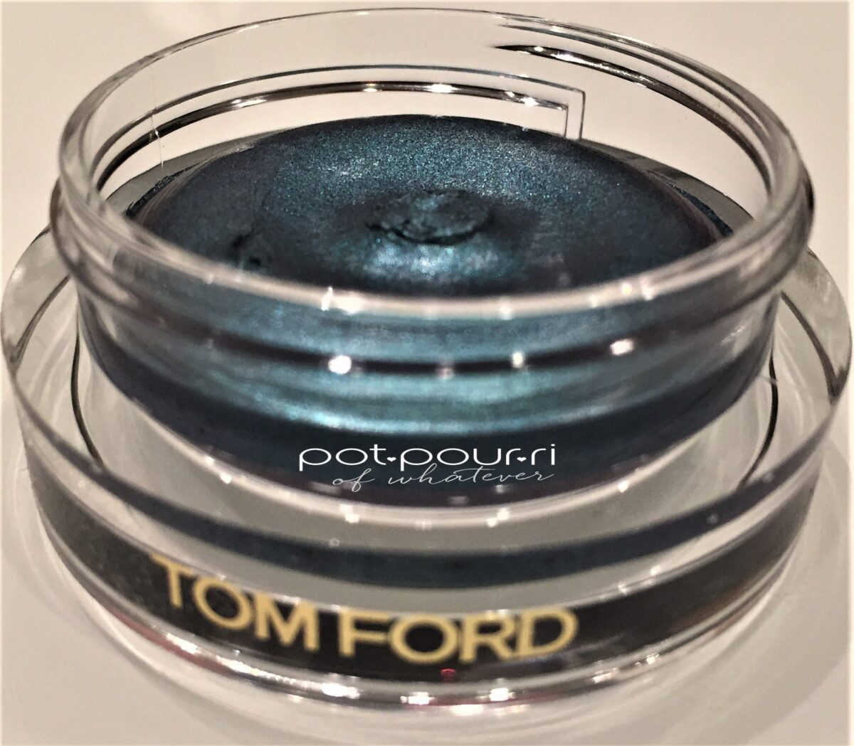 Tom Ford Summer Soleil Cream bottom tier Turquoise